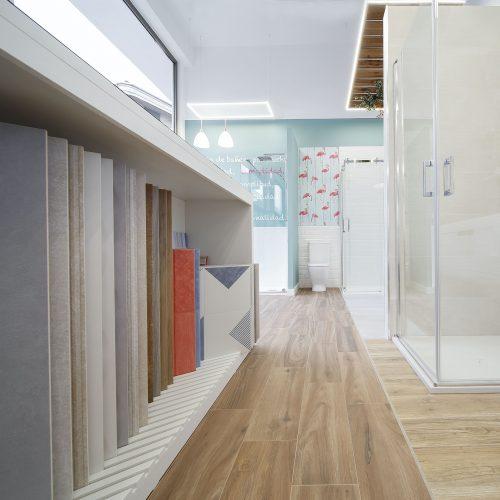 Tienda showroom de baños en Avilés